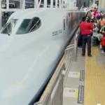 CM「JR九州新幹線全線開業 祝!九州縦断ウェーブ」の曲「Boom! / マイア・ヒラサワ」