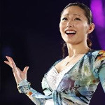 フィギュアスケート「ファンタジーオンアイス2013 安藤美姫 エキシビション1曲目」の曲「ママへ / AI(アイ)」
