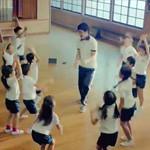 CM「Google Nexus 7(グーグル ネクサス 7)Dance with Students篇」の曲「CMオリジナル曲」