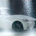 CM「レクサス LEXUS IS 350 300h 250 Amazing Shots雨篇」の曲「CMオリジナル曲 / 作曲:高木正勝 歌:エミ・マイヤー」
